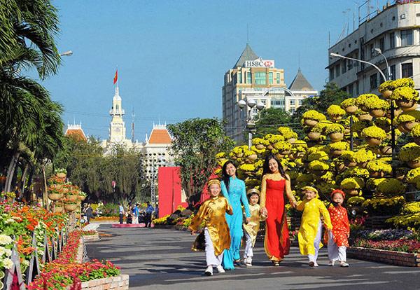 vườn hoa Nguyễn Huệ