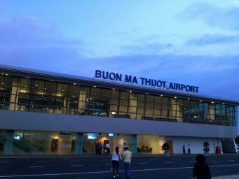 Vé máy bay TPHCM đi Buôn Mê Thuột