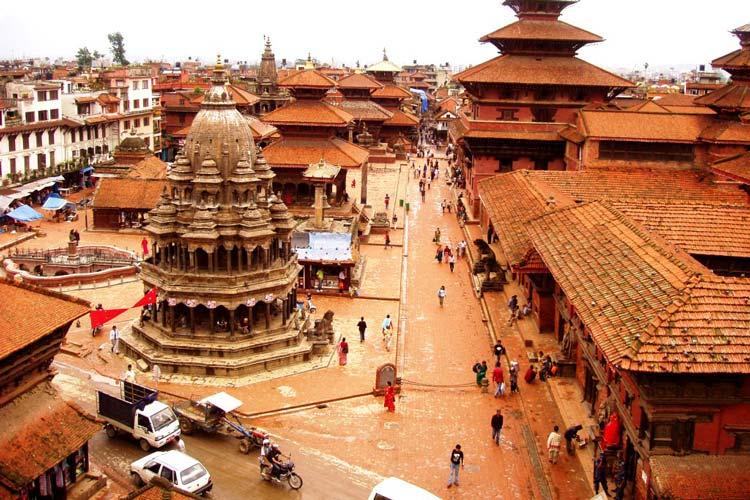 du-lich-nepal-thang-4-co-gi-vui